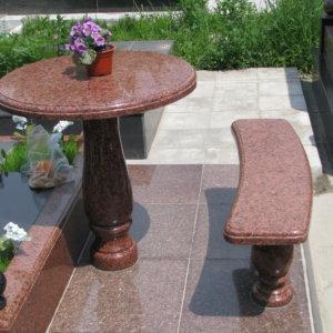 Стол и лавка из гранита СЛ-005