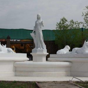 Скульптура из мрамора-002