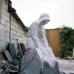 Скульптура из гранита СГ-006